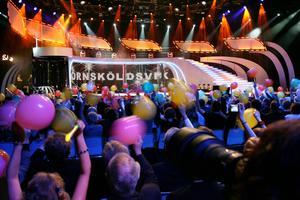 För tredje gången kommer Melodifestivalen till Örnsköldsvik. Under några hektiska dagar kommer det att hända mycket, och det är ännu en gång Lasse Söderlind som är festivalspindel i nätet.