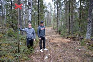 Två av eldsjälarna i Fränsta Snöskoterklubb, Alex Johansson till vänster och Joakim Wikholm.
