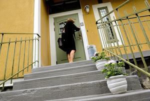 Vid en bostadsförsäljning är det datumet för kontraktskrivandet som styr vilket år den ska deklareras. Foto: Pontus Lundahl/TT