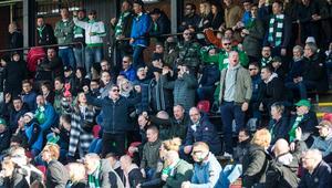 Även på sittplats fanns det många tillresta VSK-supportar.
