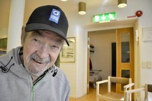 Elof Eriksson är inte mycket för vin och öl när det vankas dans. Det har han aldrig varit.