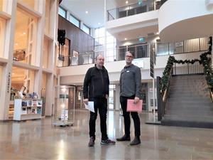 Urban Carlsson, Lärarnas riksförbund, och Jörgen Kron, Lärarförbundet i Askersund, vill se en långsiktig planering för skolor i kommunen.