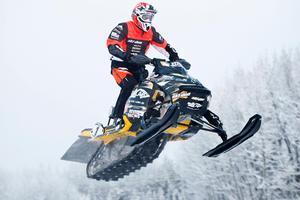 Foto: Roger Strandberg/Bildbyrån. Adam Renheim  blev svensk mästare under Stradioncross.