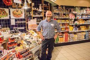 Tobias Larsson, ägare av Ica Supermarket Norrköp.