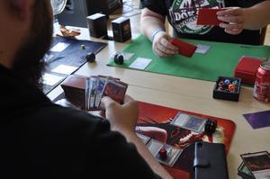 Magic-spelglädje under fjolårets ArCON Sommar, på Kulturhuset tio14 i Falun. FOTO:  Fanny Eriksson