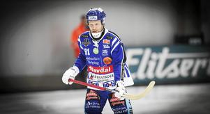 Johan Esplund i fokus. Tydligen inte i form, ändå dominant i stora delar av matchen mot SAIK.