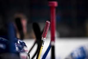 Varför inte köra Hockey-VM 2020? undrar Tommy i Karlsvik.