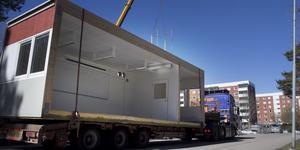 Sommaren 2014 levererades modulerna till det som skulle komma att bli Rumba förskola. Sommaren 2020 kommer de inte att behövas längre.