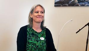 Musiklärarna i Södertälje musikklasser fick förfrågan och mejlade vidare till musiklärarkollegor i kommunen. Snart började anmälningarna komma in och det kom även från andra orter som tidigare varit med och vill nu komma tillbaka. – Det är nämligen enda stoppet på turnén i Stockholmstrakten i år, säger musikläraren Carina Lindström.