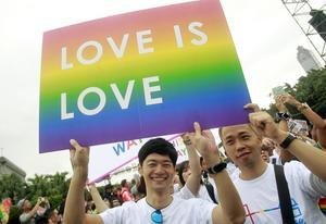 Anledning att fira: Taiwan blir det första landet i Asien som inför samkönade äktenskap. Det sker den 24 maj i år.
