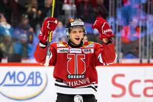 Kristian Näkyvä jublar. En vanlig syn den här säsongen. Bild: Johan Bernström/Bildbyrån