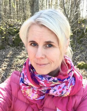 Agneta Gelins pappa drabbades av stroke, sedan dess är hon medlem i Västerås strokeförening. Under helgen, den 11-12 maj finns på på plats på Erikslund för att informera, svara på frågor och ta blodtryck.