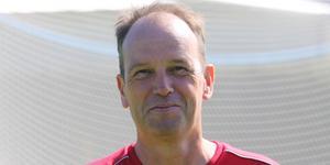 Adrian Costello, Årets ledare inom J/H-fotbollen.