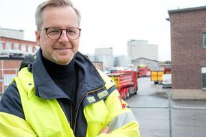Inrikesminister Mikael Damberg (S) besökte Nynas räddningstjänst på måndagen. Damberg har gästat Nynäshamn många gånger förut, bland annat som näringsminister. Då låg fokus på småföretag men också på den nya hamnen i Norvik.
