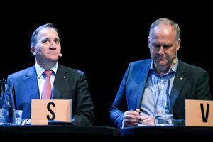Stefan Löfven (S) och Jonas Sjöstedt Bild: Erik Mårtensson/TT