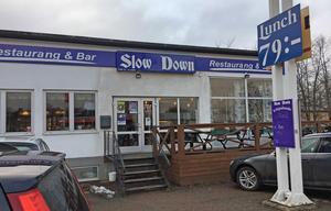 Slow Down är en välbesökt kvarterskrog både luncher och kvällar. Foto: Lunchkollen