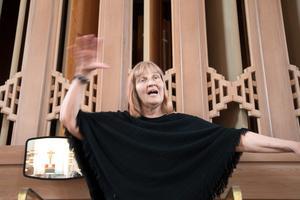 Anna-Lena Engström, vikarierande organist i Nynäshamns församling, leder lördagens konsertkväll med filmmusik. Konserten börjar klockan 17.