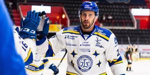 Hrivik firar sitt första mål. Foto: Johanna Lundberg / Bildbyrån