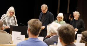Karin Smed-Gerdin, Sven Carlsson, Anna-Lena Karlsson och Lasse Smed hade ett batteri frågor till kommunstyrelsens ordförande om Folkets hus bios framtid. Dessa ställde de under Allmänhetens frågestund i fullmäktige i februari.