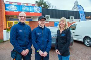 Mats och Annelie Sköld startade Avesta Text & Dekor 1994, nu har även sonen Viktor klivit in som delägare och tillsammans ska de nu fortsätta och utveckla företaget.
