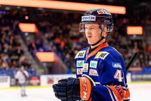 Elias Pettersson kommer dra in flera hundra tusen kronor i bonusar. Foto: Jonas Ljungdahl (Bildbyrån).