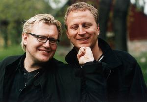 Barnboksförfattarna Sören Olsson och Anders Jacobsson skrev