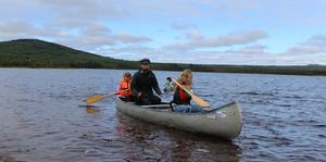 Under aktivitetsdagen med scouterna gick det att paddla kanot.