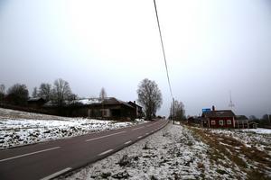 E 45 vid Holen. Vägen går att byggas och och förbättras utan att göra stora ingrepp, anser byföreningen.