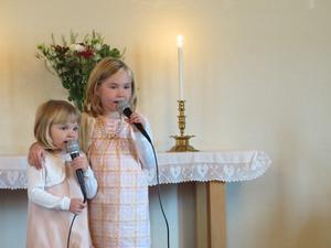Märta och Kerstin Söderström sjöng ett antal sånger under jubiléet, bland annat