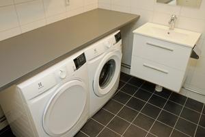 Samtliga lägenheter har både tvättmaskin och torktumlare.
