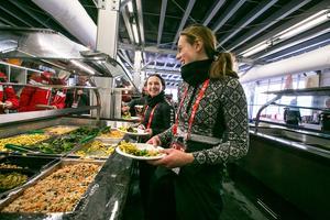 Under alpina VM i Åre serverades 60 000 måltider av det bolag som VM-bolaget anlitat. I en ny rapport ger VM-besökarna mat och dryck lågt betyg.