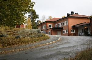 Tallbackaskolan i Ösmo.