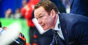 Örebro Hockeys tränare Niklas Eriksson hittade en del bra saker att ta med från premiären i Karlskoga. Foto: Bildbyrån