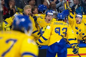 Mika Zibanejad jublar över sitt 2–2-mål. Bild: Ludvig Thunman/Bildbyrån
