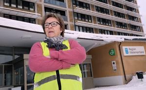 BB-ockupationen har under onsdagen pågått i exakt två år och de har inga planer på att gå därifrån fastslår Barbro Mikaelsson.