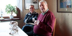 Trumpetarna Göte Andersson och Ove Skoglund har tillsammans varit med i Skutskärs musikkår i mer än 130 år.