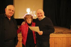 Göran Björkström, Bodil Björkström och Hasse Hellman var några av de som pratade gamla minnen från Hå-teatern på Hå ordenshus under tisdagskvällen.