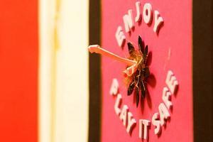 En uppmaning till säkrare sex var en del av utställningen på Östersunds bibliotek inför Världsaidsdagen 2012.