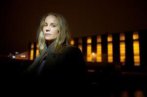 Skådespelaren Sofia Helin spelar Saga Norén i den dansk-svenska tv-serien