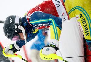 André Myhrer gör sig redo för start i Val d'Isère. Bild: TT Nyhetsbyrån.