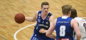 Adam Rönnqvist siktar på ett utlandskontrakt nästa säsong.