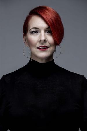 Madeleine Bäck har skrivit en trilogi med inspiration från folktron i Gästrikland. Bild: Camilla Lindqvist