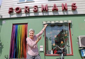 Här låg tidigare den anrika cykelbutiken Forsmans. Revydrottningen Pia Möller-Andersen flyttade sin frisersalong hit för fyra år sedan.