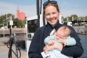 Josefine Rydholm med sonen Ludvig.