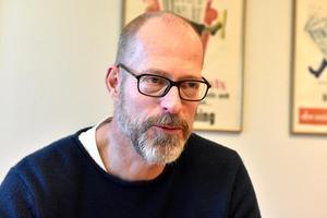 Michael Rocking, som äger Scandinavian College tillsammans med Christer Persson, har tidigare varit rektor för Scandinavian College of Travel & Tourism, Scott-utbildningen, i Orsa.