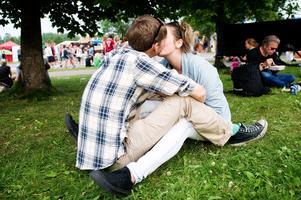 2011. Kärlek på Peace & Love-festivalen. Foto: Maria Hansson