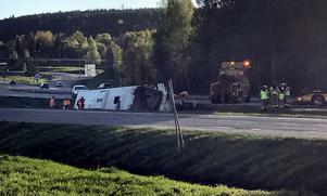 Olyckan inträffade på påfarten till E4:an i höjd med Citygross strax efter klockan fyra på morgonen.