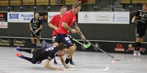 Axel Norin, Sala Silverstaden, föll lite otäckt i den andra perioden. Men han kom tillbaka i spel efter lite vila.