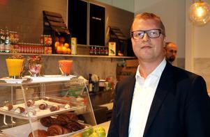Sundsvallsekonomen Mikael Olsson driver kaférörelse i New York.