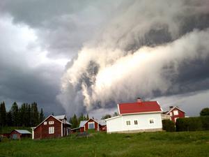 – Jag har aldrig sett något liknande fenomen, konstaterar Urban Nilsson från Krokom.